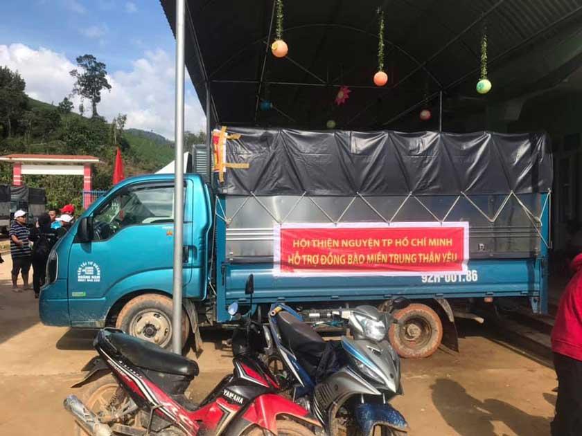 xe tải chở hàng đà nẵng